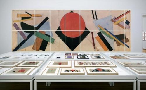 011.STEDELIJK MUSEUM -MALEVICH 2013-PH.GJ.vanROOIJ